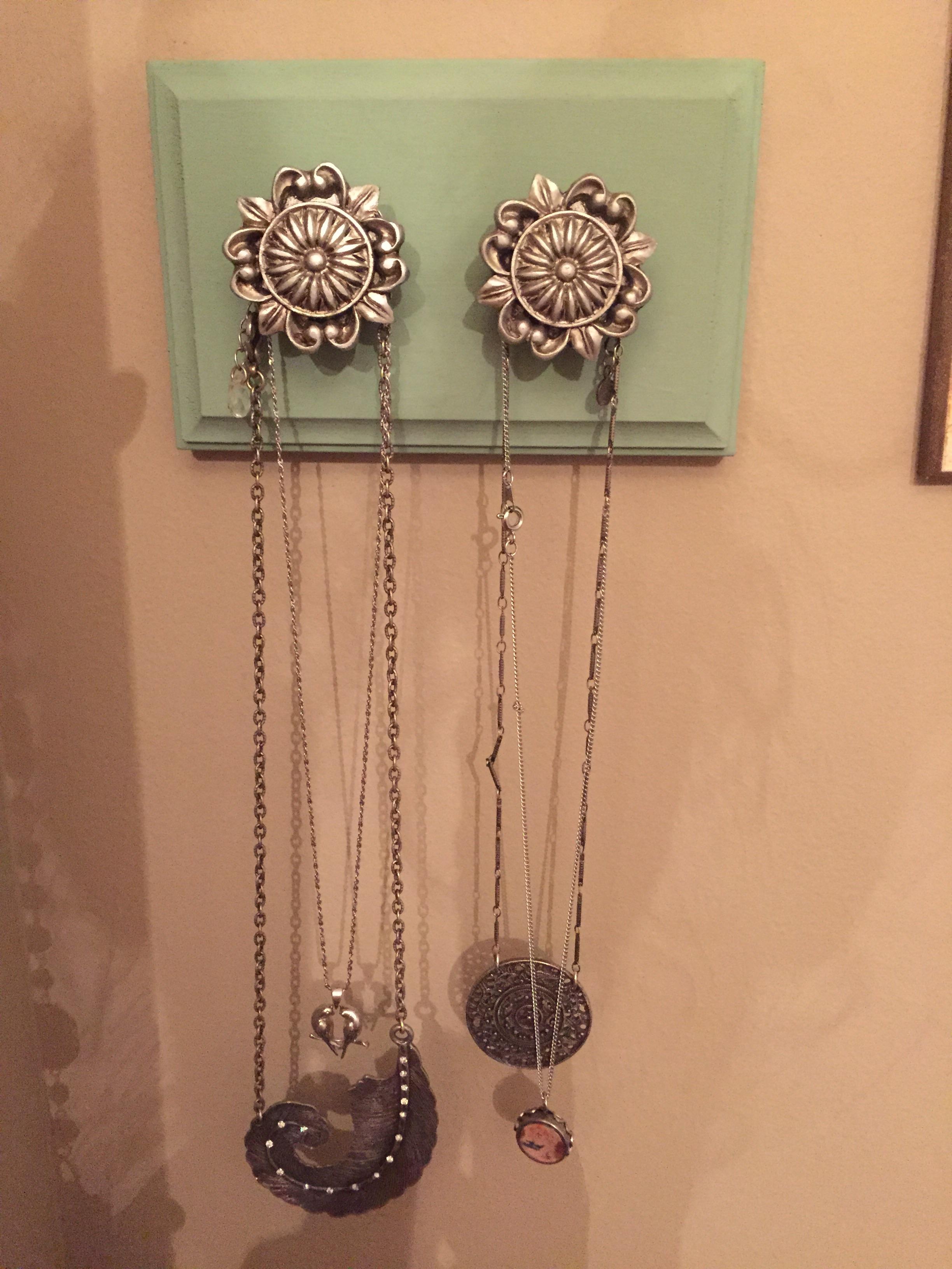 Jewelry Hanger Drawer Pull Jewelry Organizer 103g Gold